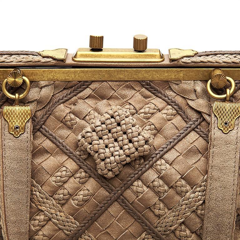 Women's Bottega Veneta Brown Intrecciato Leather Clutch Bag For Sale