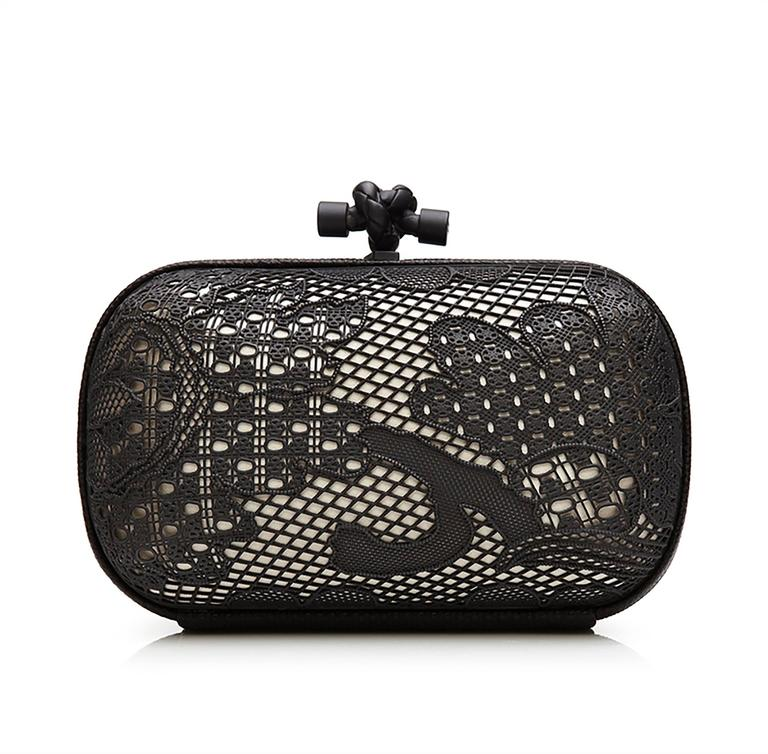 Women's Bottega Veneta Black and White Lace Detail Knot Clutch Bag For Sale