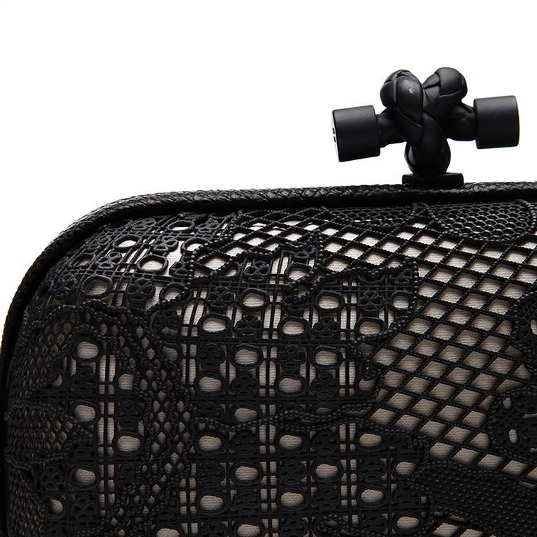 Bottega Veneta Black and White Lace Detail Knot Clutch Bag For Sale 1