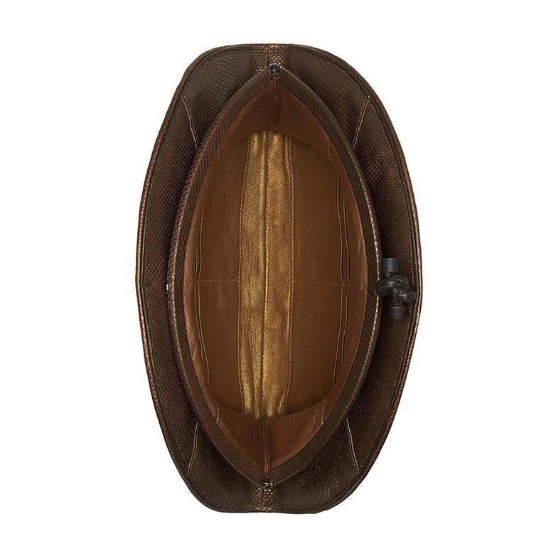 Bottega Veneta Metallic Bronze Intrecciato Leather Crescent-Shaped Clutch Bag In Good Condition For Sale In London, GB