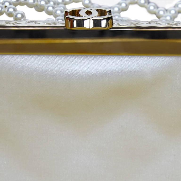 Chanel Pearl Classic Flap Bag In Excellent Condition For Sale In London, GB