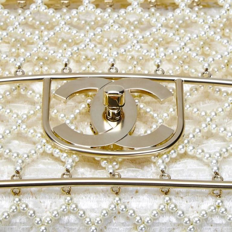 Chanel Pearl Classic Flap Bag For Sale 1
