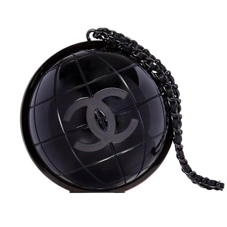 aa1c072dc Vintage Chanel Black Globe Minaudiere Clutch For Sale at 1stdibs