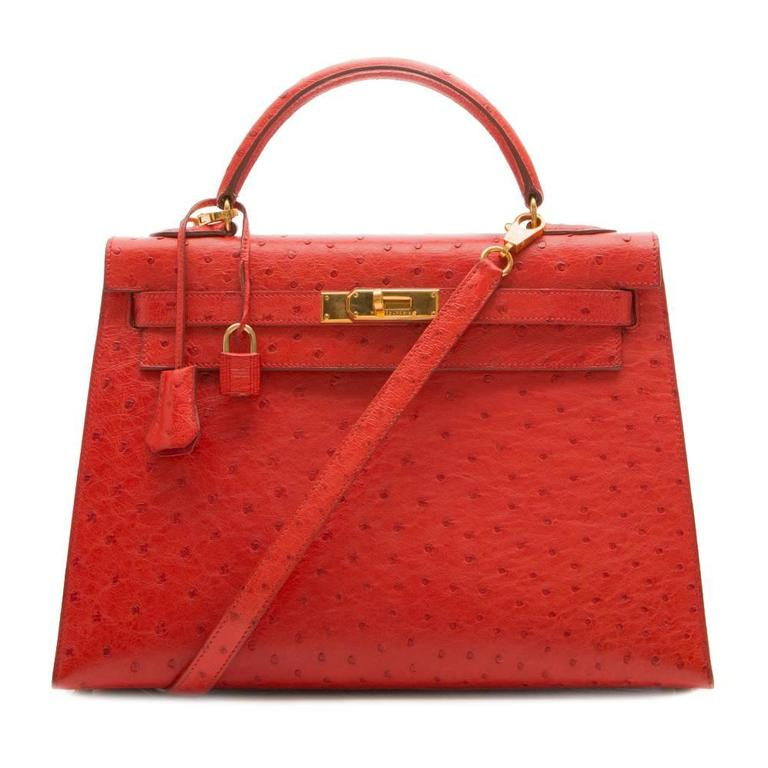 Hermès Vintage Rouge Vif 32cm Kelly in Ostrich Leather In Excellent Condition For Sale In London, GB