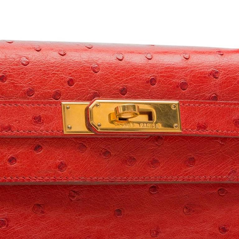 Hermès Vintage ​Rouge Vif 32cm Kelly in Ostrich Leather For Sale 1