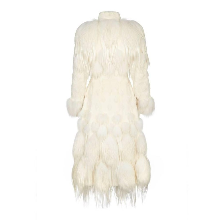 Alexander McQueen White Fur Coat In Excellent Condition For Sale In London, GB