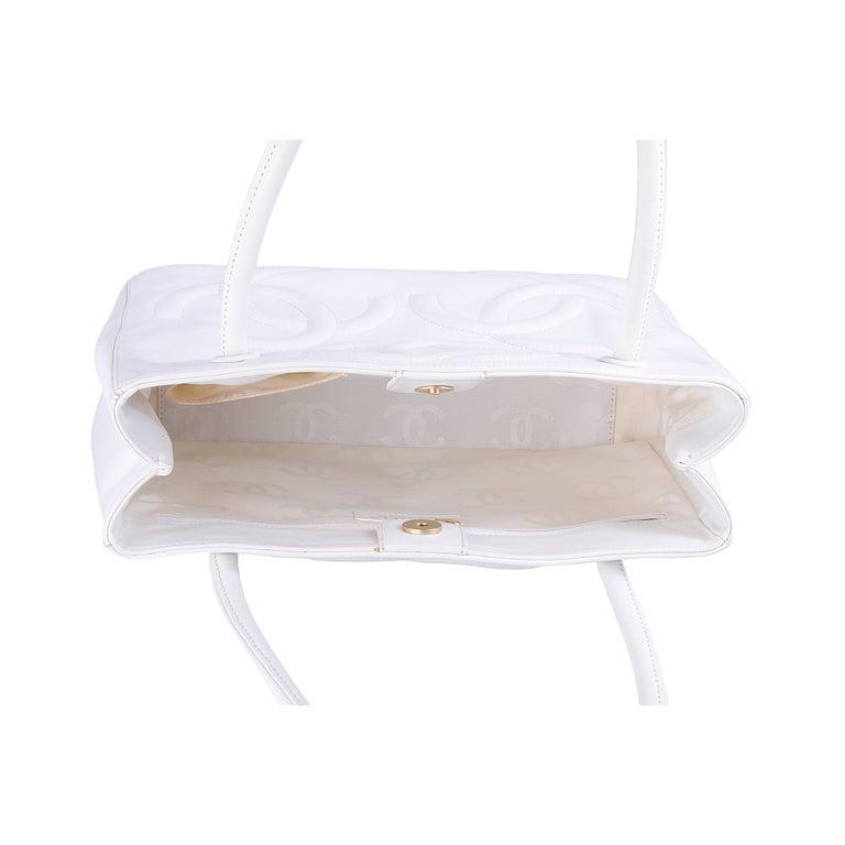Chanel White Tote Bag  5