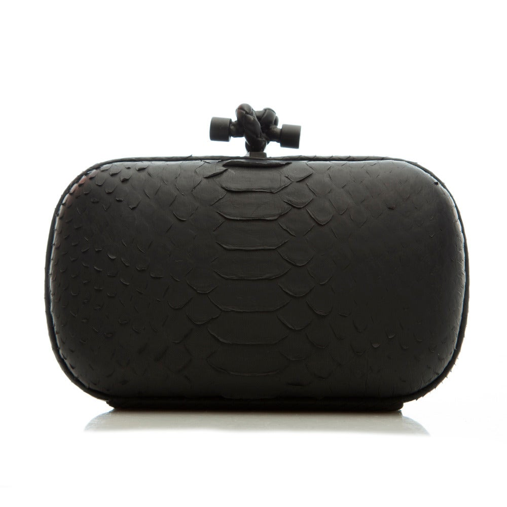 Bottega Veneta Black Python Clutch In Excellent Condition For Sale In London, GB