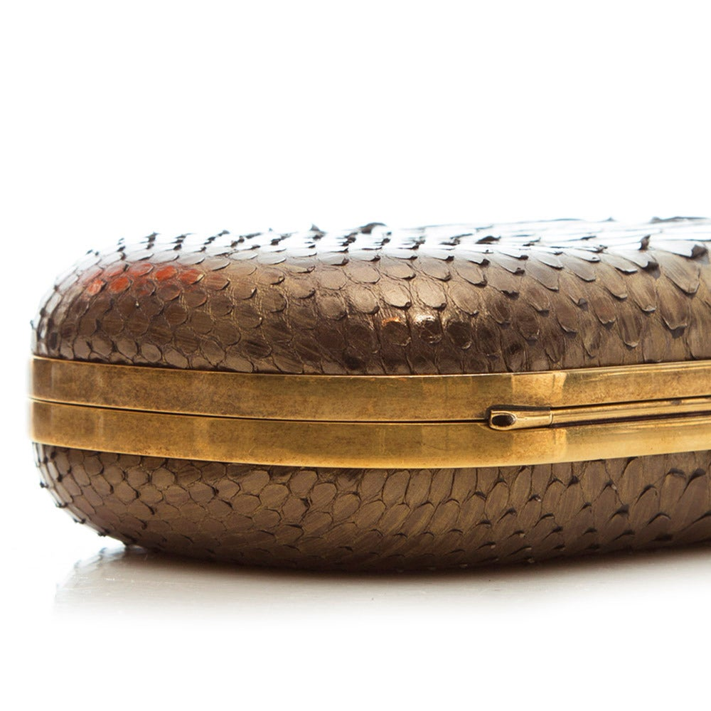 Marchesa Silver Snakeskin Clutch with Crystal In Excellent Condition For Sale In London, GB