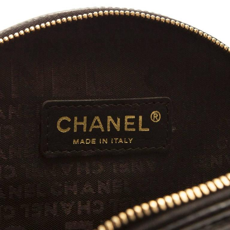 "RARE/COLLECTOR 'S ITEM Chanel Black ""Vinyl Bag"" 7"