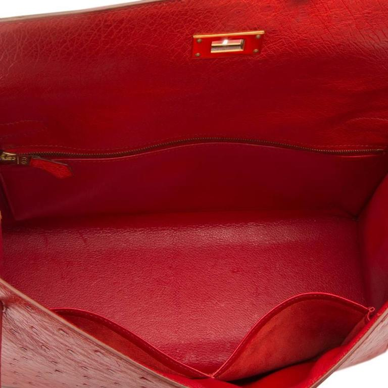 Hermès Vintage ​Rouge Vif 32cm Kelly in Ostrich Leather For Sale 5