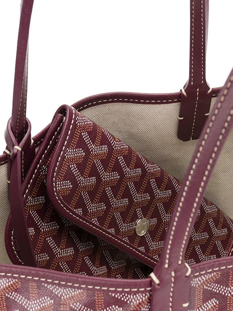 Goyard Customized Bordeaux 'Butterflies' Monogram St Louis PM Bag In New Condition For Sale In London, GB