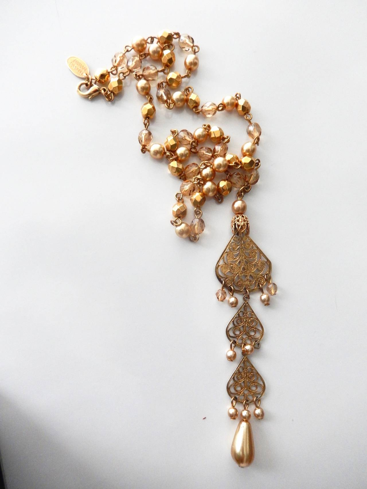1970s Miriam Haskell Faceted Bead and Pearl Necklace with Pendant For Sale 6