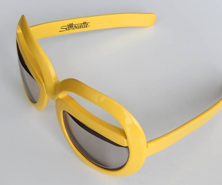 1970s Futuristic Sunglasses by Silhouette In Good Condition For Sale In Winnetka, IL