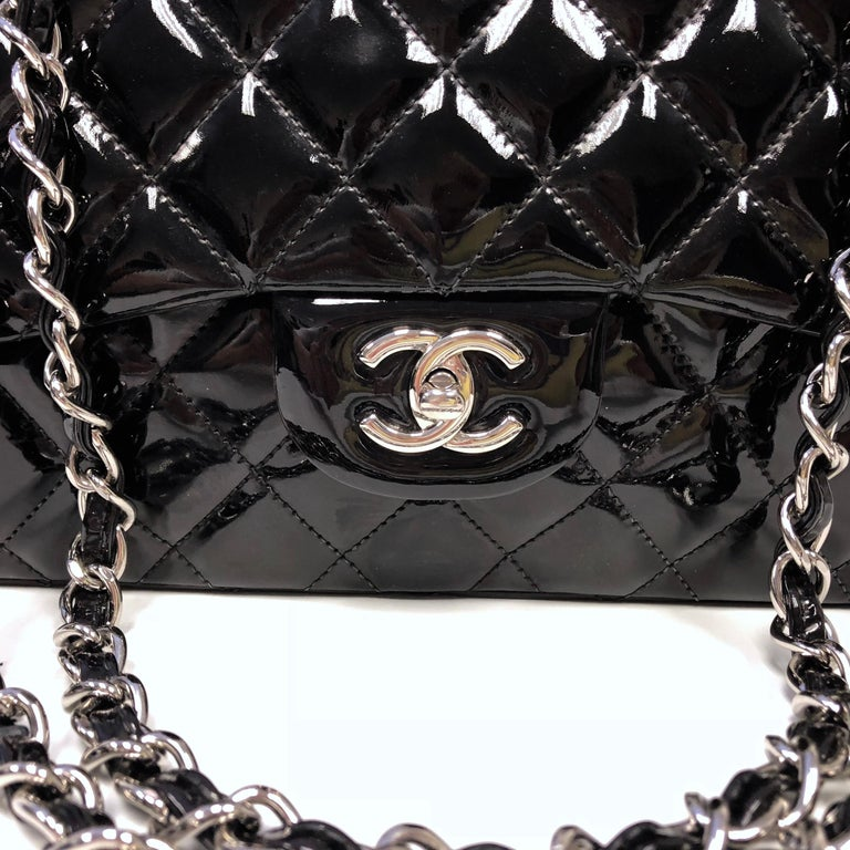 Chanel Classic Quilted Jumbo Single Flap Black Patent Bag  For Sale 1