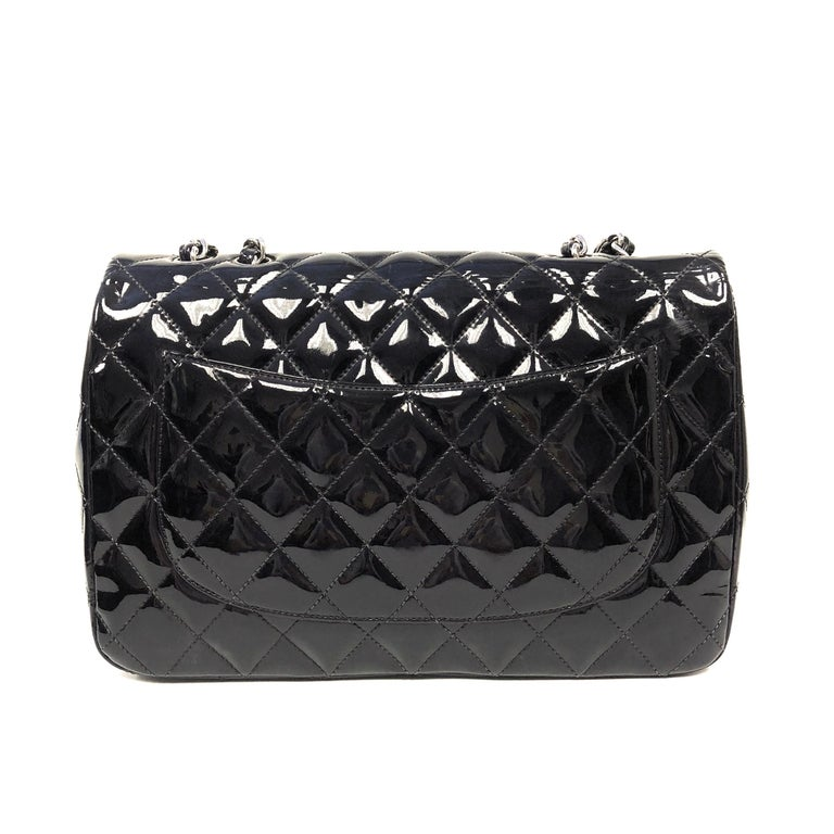 Chanel Classic Quilted Jumbo Single Flap Black Patent Bag  In Good Condition For Sale In Westlake Village, CA