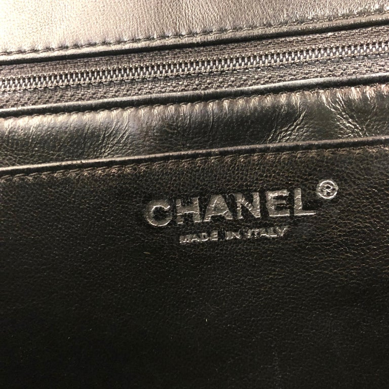 Chanel Classic Quilted Jumbo Single Flap Black Patent Bag  For Sale 5