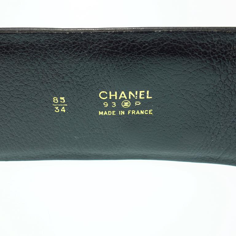 CHANEL 93P Gold CC Logos and Chain Large Buckle Black Belt Vintage 3