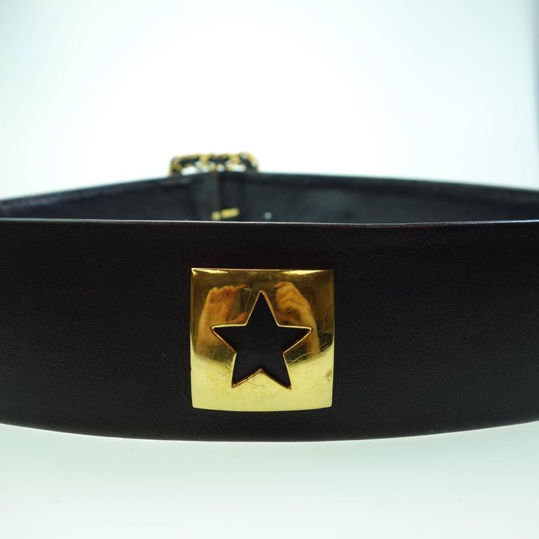 CHANEL 93P Gold CC Logos and Chain Large Buckle Black Belt Vintage 6