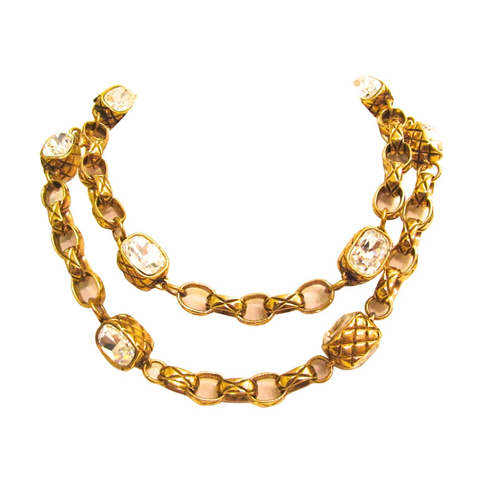 CHANEL Rare necklace - Gold Toned Matelasse - Strass Faceted Crystals - 1980's For Sale