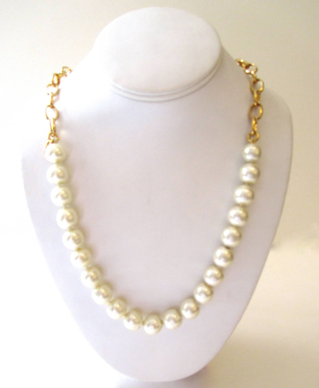 Vintage 1980's Chanel Necklace - Pearls with Gold Tone Oval Links 2