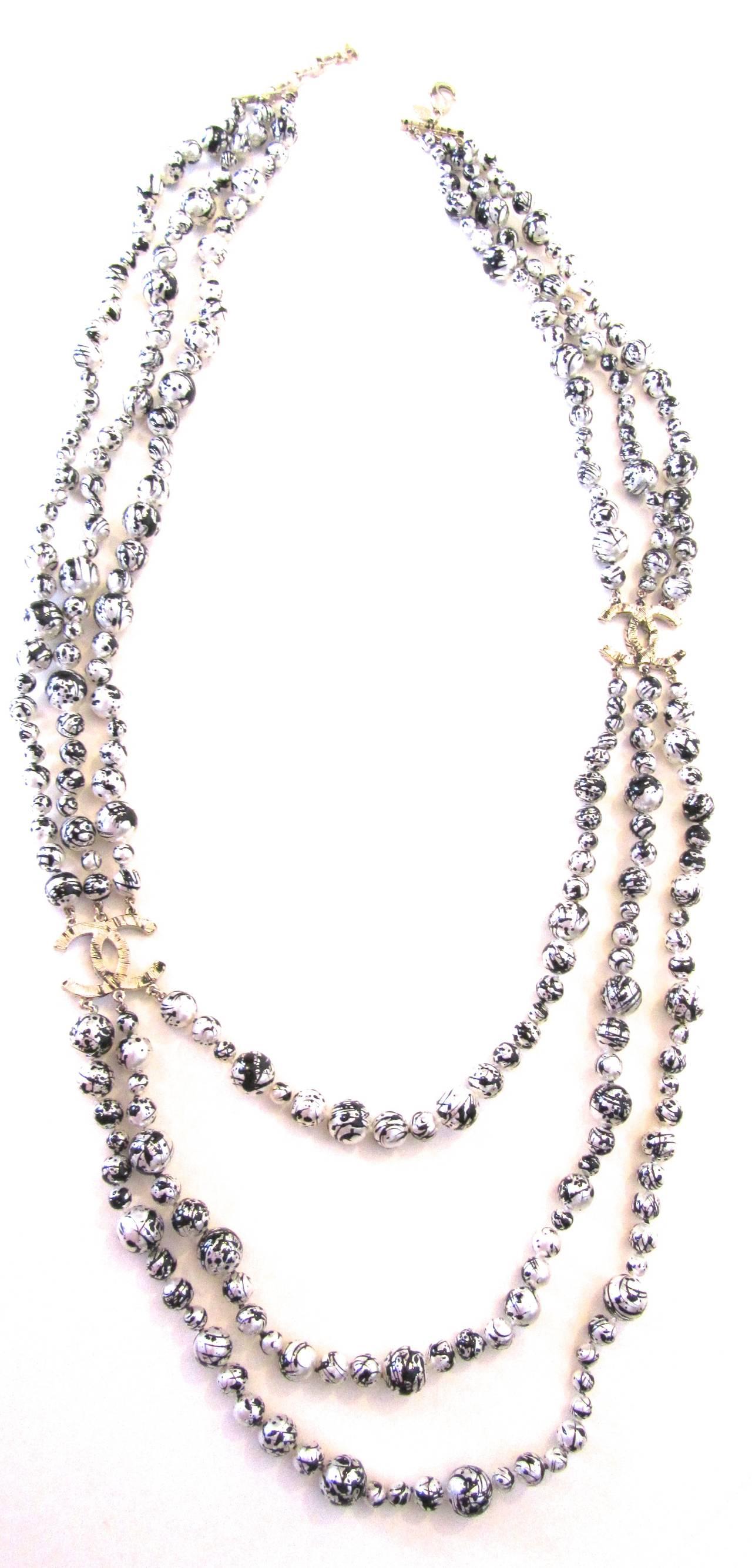 Chanel Necklace  Rare Pearl Graffiti Triple Strand  Cc Logos  Black And  White 3
