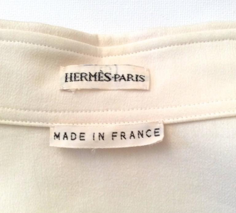 Beige Hermes Silk Blouse - Cream and Navy Classic For Sale
