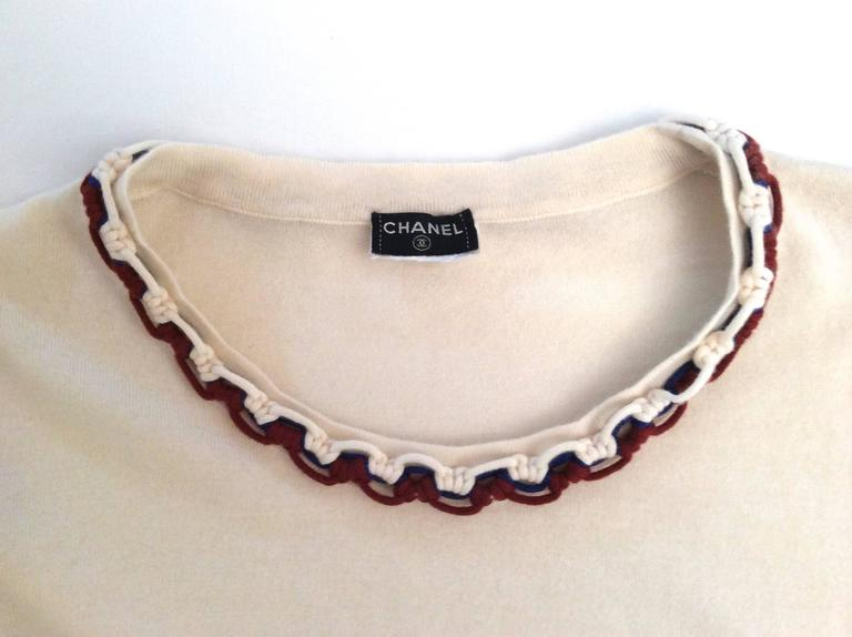 Women's Vintage Chanel Cashmere Sweater - Size Small For Sale