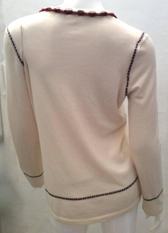 Vintage Chanel Cashmere Sweater - Size Small For Sale 3
