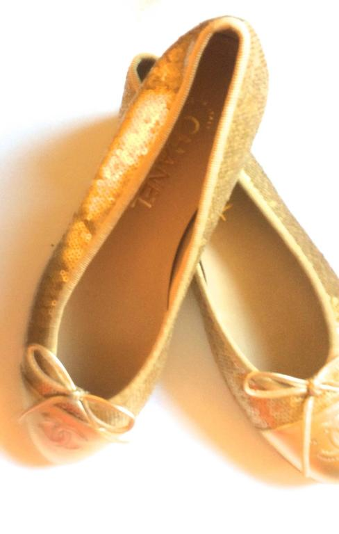 New Chanel Ballerina Flats - Size 37.5 - Gold Sequins with Gold Toe - Rare 2