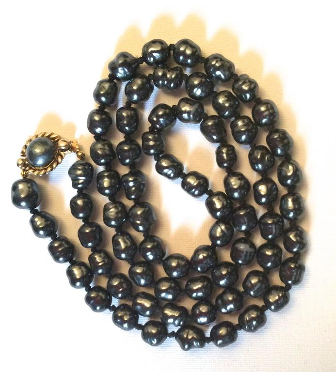 Chanel Dark Gray Pearl Necklace 2