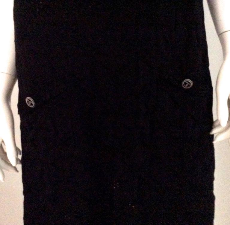Chanel Black Dress - Size 40  In Excellent Condition For Sale In Boca Raton, FL