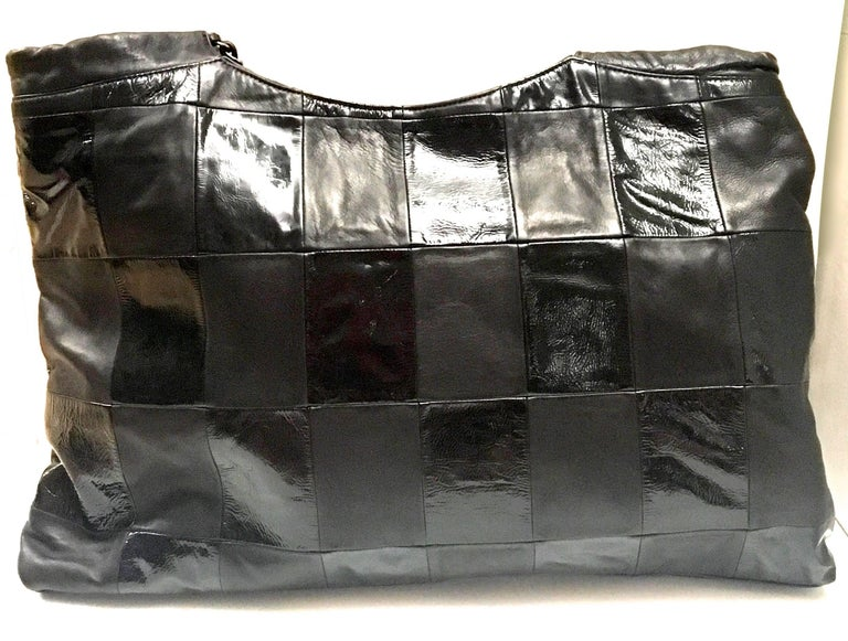 Chanel Purse - Black Lambskin / Patent Leather - XL For Sale 6