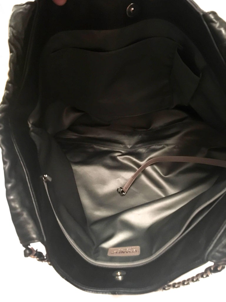 Chanel Purse - Black Lambskin / Patent Leather - XL For Sale 2