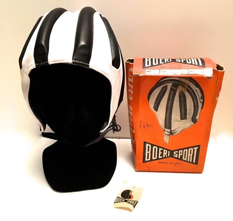Women's or Men's 1950's Leather Racing Helmet - Extremely Rare - Mint Condition For Sale