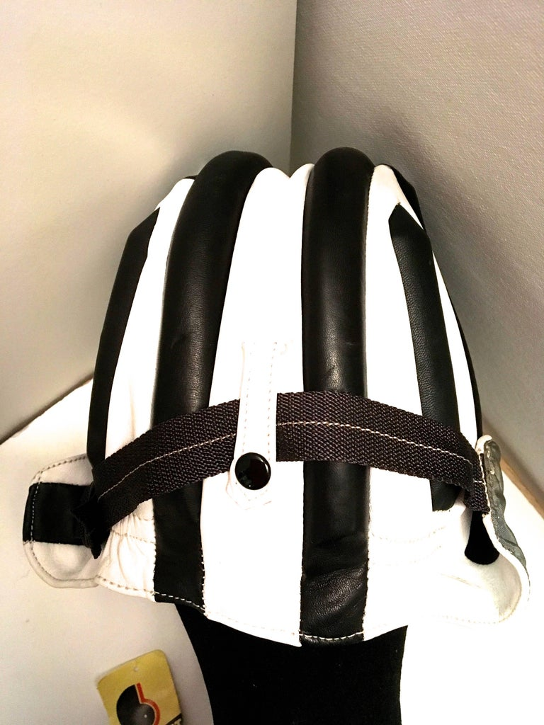 1950's Leather Racing Helmet - Extremely Rare - Mint Condition For Sale 1