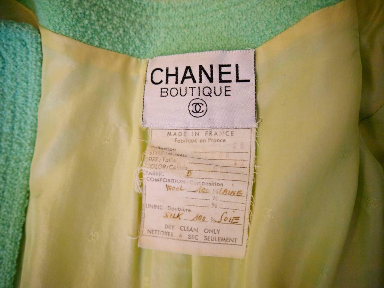 Vintage Chanel Sea Foam Mint Green Jacket - Size 42 For Sale 1
