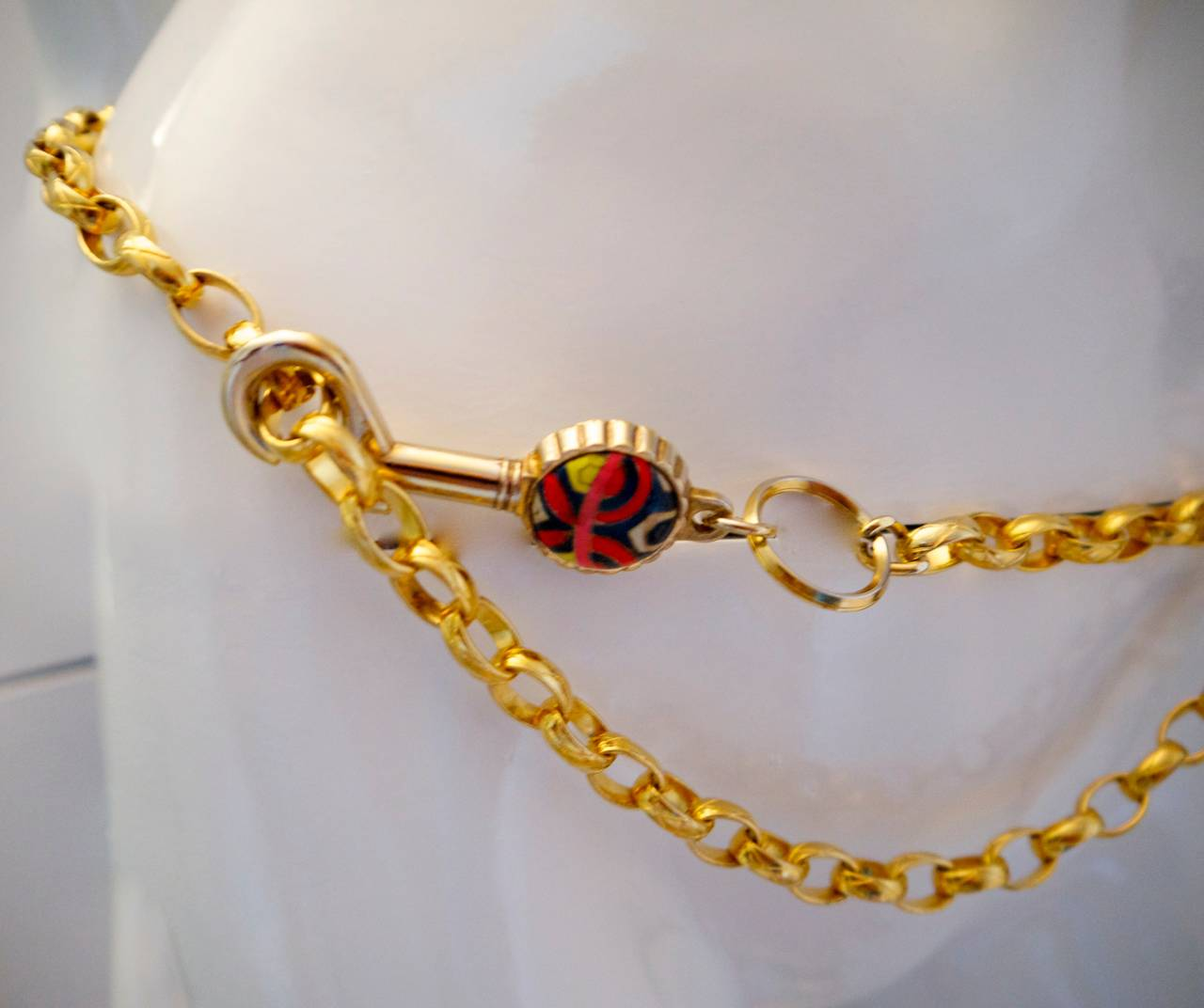 Vintage Chanel Gold Tone Belt / Necklace - Lock and Key - Rare In Excellent Condition For Sale In Boca Raton, FL