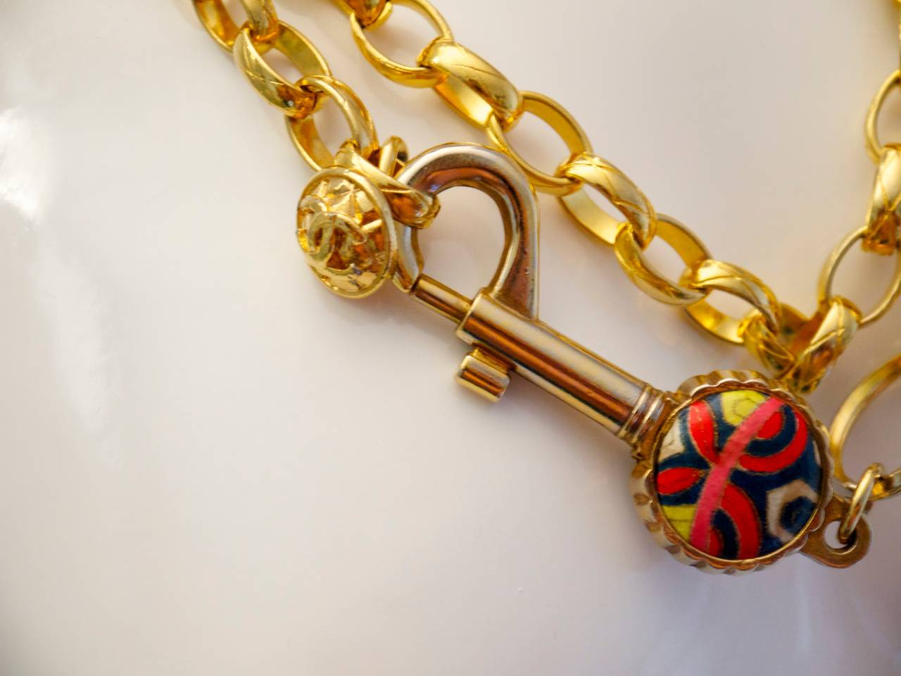 Vintage Chanel Gold Tone Belt / Necklace - Lock and Key - Rare For Sale 1