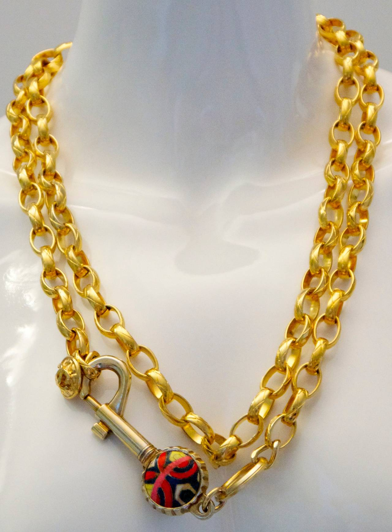 Vintage Chanel Gold Tone Belt / Necklace - Lock and Key - Rare For Sale 2