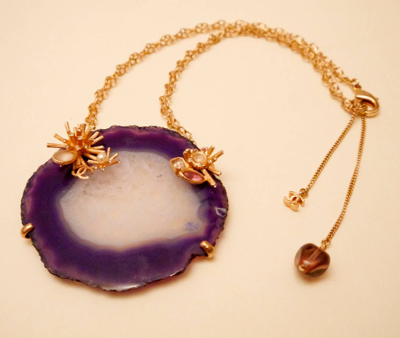 Chanel Purple and White Agate Cross Section Couture Necklace For Sale 1
