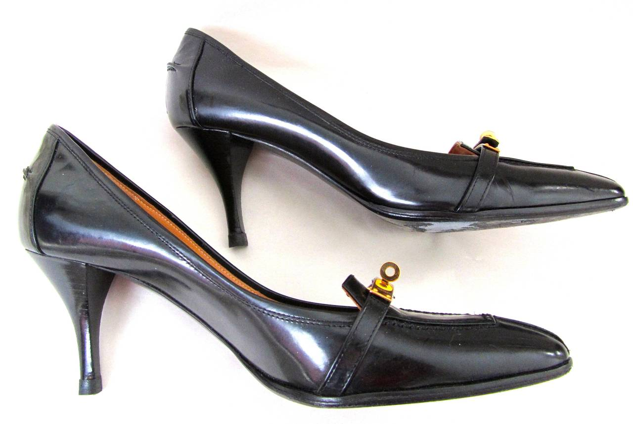 Hermes Pumps Black Kelly Style Gold Tone Hardware