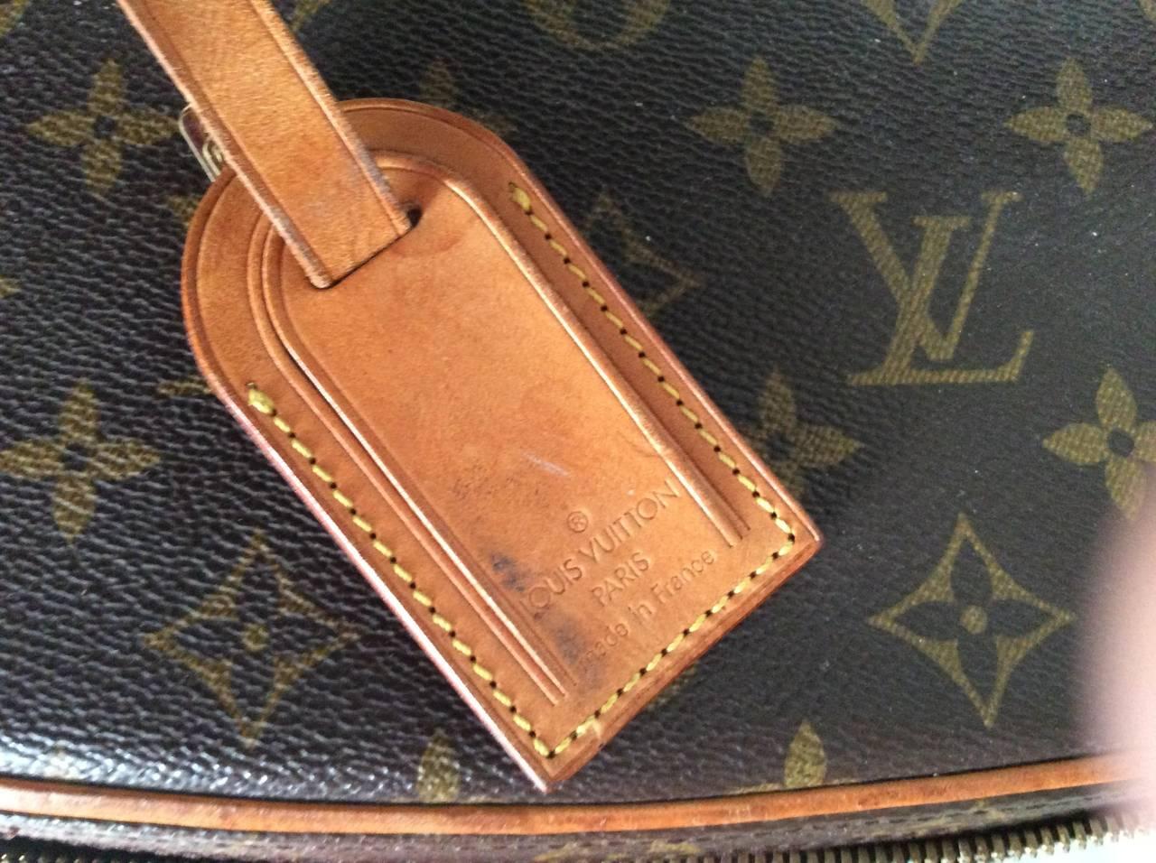 Louis Vuitton Train Case / Traveling Makeup Bag 9