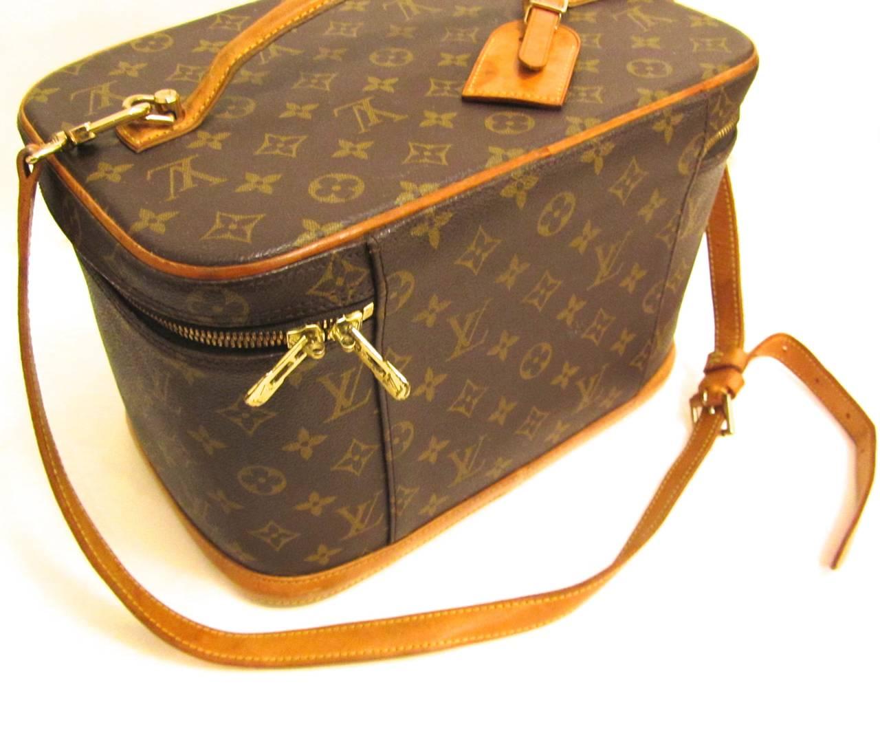 Louis Vuitton Train Case / Traveling Makeup Bag 7