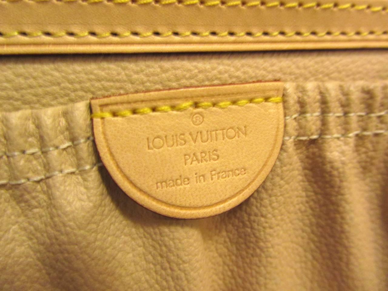 Louis Vuitton Train Case / Traveling Makeup Bag 3