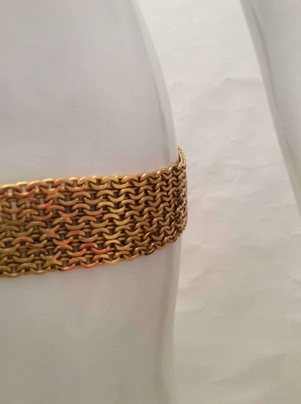 Vintage Gold Tone Magnificent Chain Belt In Excellent Condition For Sale In Boca Raton, FL
