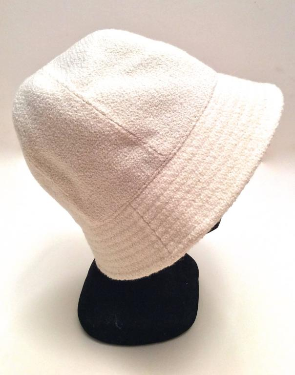 Chanel White Boucle Hat with Gold Tone Camellia - Size 58 2