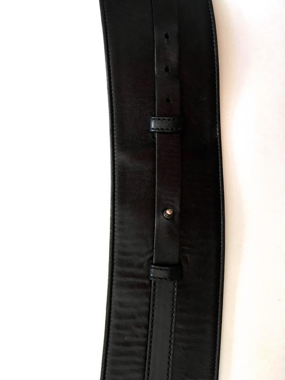 Yves Saint Laurent (YSL) Belt - Black Leather - Mombassa Horn  For Sale 3