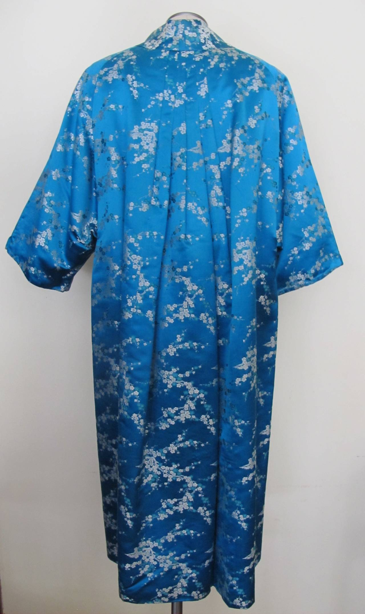1945 Family Japanese Heirloom Turquoise Blue Robe 3