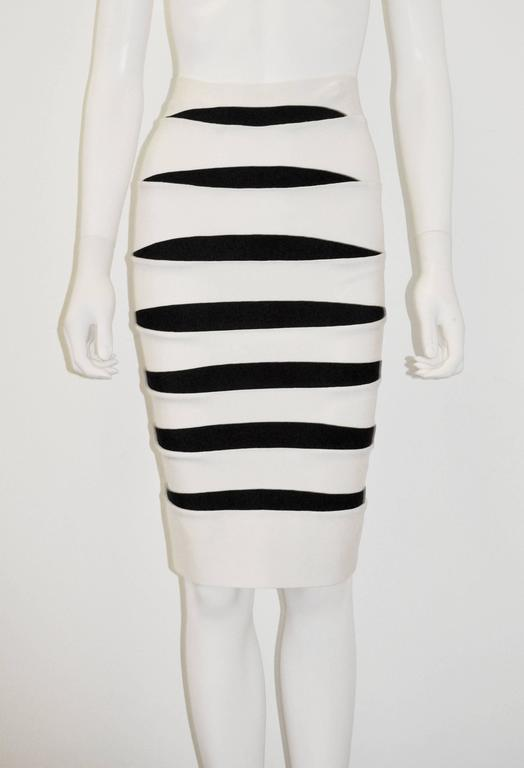 Herve Leger White and Black Body Con Bandage Skirt 2